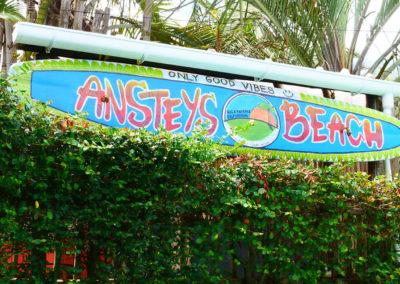 Ansteys_Surfboard_2